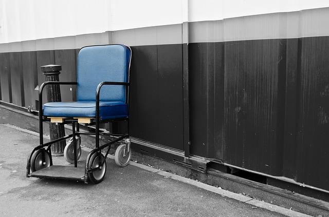 chair-89156_640.jpg