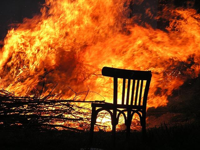 fire-175966_640.jpg