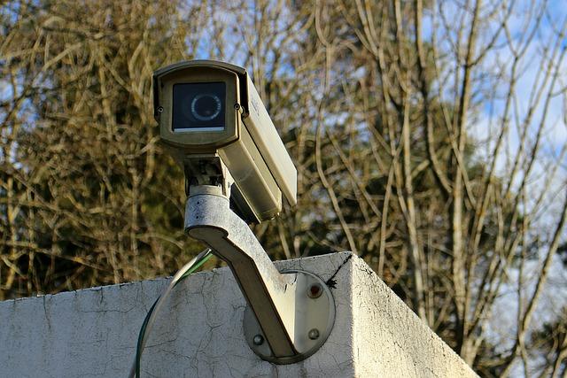 surveillance-camera-241725_640.jpg