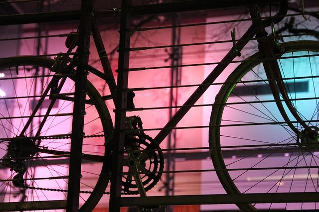 bike-102360_640.jpg