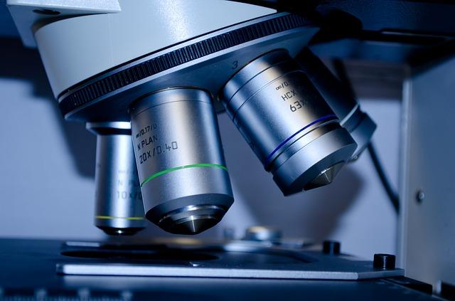 microscope-275984_640.jpg