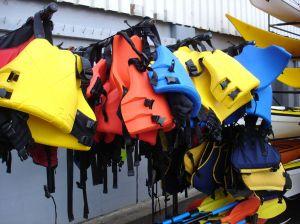 life-jackets-738050-m