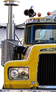 old-truck-1228351-m
